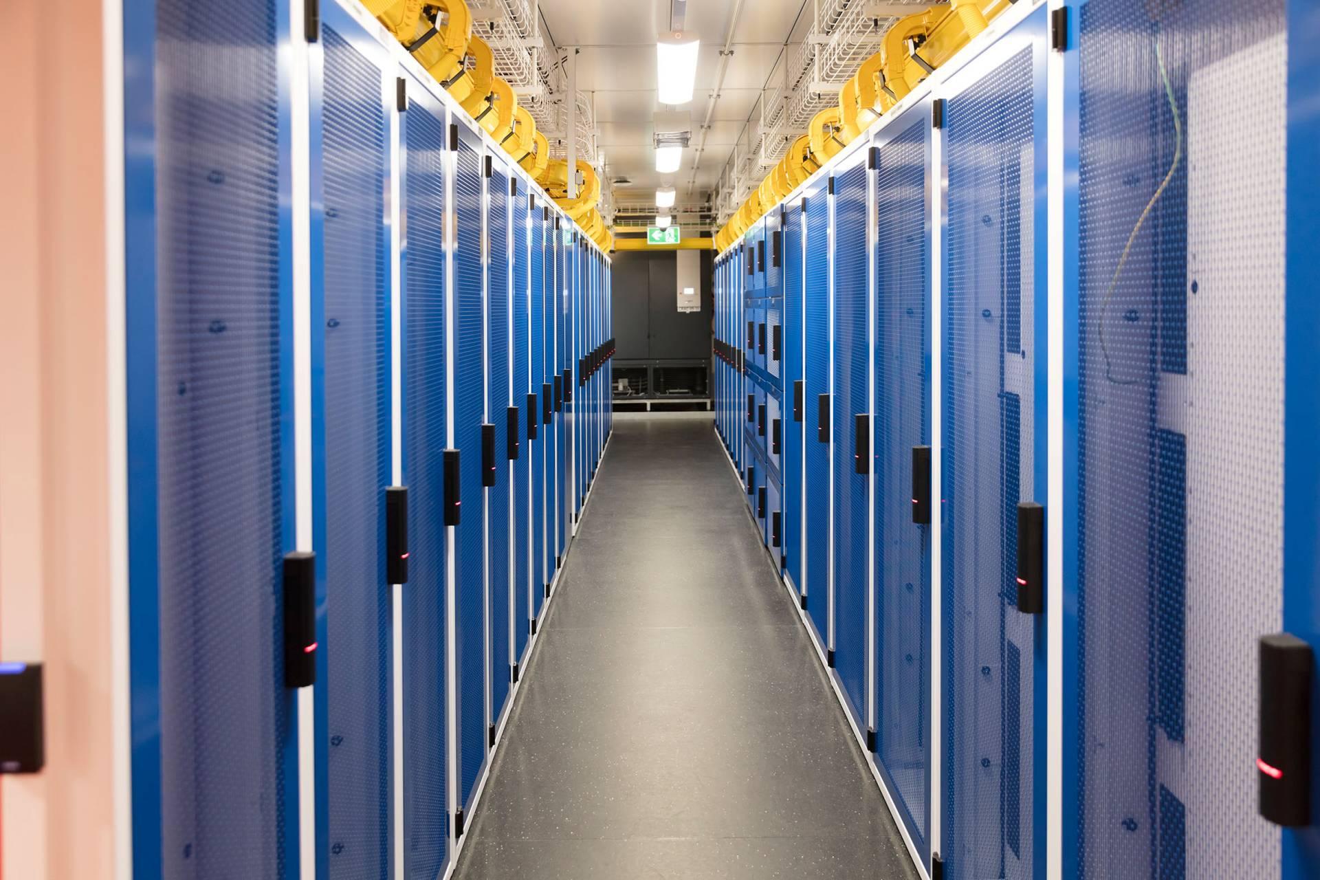 adatközpont